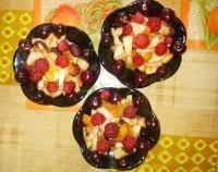 Як приготувати фруктово-ягідний салат дари літа - рецепт