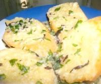 Як приготувати хлібці з сиром і часником - рецепт
