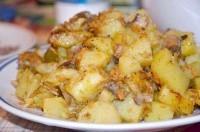 Як приготувати картопля тушкована з грибами в мультиварці - рецепт