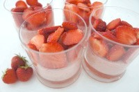 Як приготувати полунично-лимонну панакота - рецепт