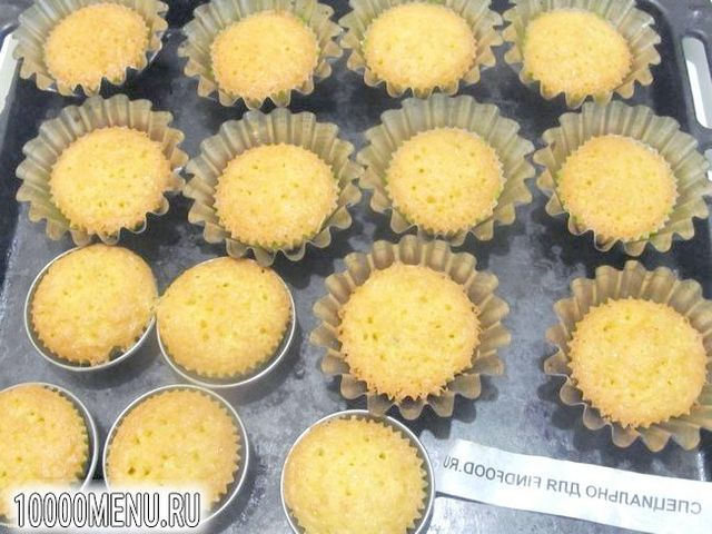 Фото - Кокосові кекси - фото 7 кроку
