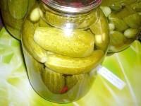 Як приготувати консервовані огірки - рецепт