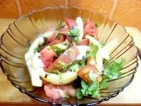 Як приготувати легкий салат з кінзою - рецепт