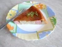 Як приготувати ледачий картопляний пиріг з сосисками - рецепт