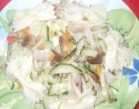 Як приготувати низькокалорійний салат з грибами - рецепт