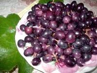 Як приготувати мочений виноград з хріном - рецепт