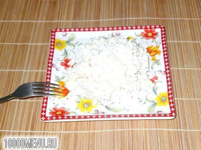 Фото - Ніжний салат з крабового м'яса - фото 5 кроку