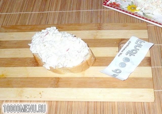 Фото - Ніжний салат з крабового м'яса - фото 6 кроку