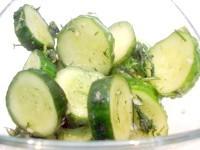 Як приготувати огірки малосольні за десять годин - рецепт