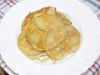 Як приготувати оладки з консервованою грушею - рецепт