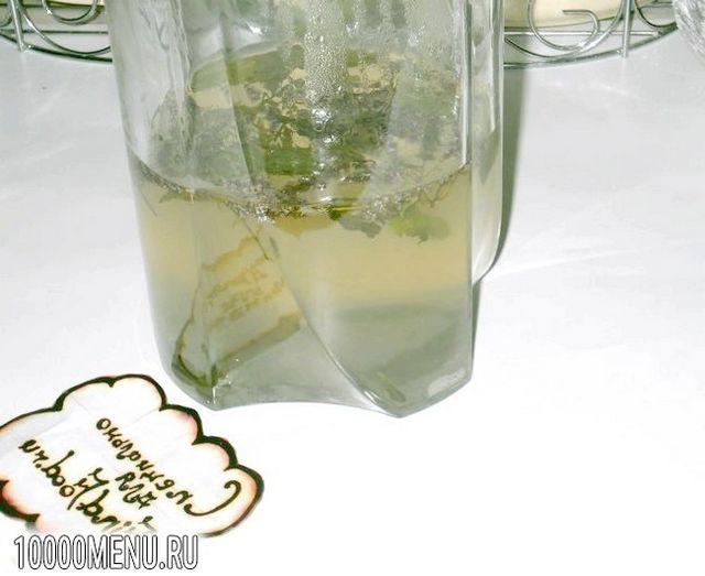 Фото - Освіжаючий напій з м'ятою і лаймом - фото 3 кроки