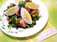 Як приготувати овочевий салат з яйцем і французькою гірчицею - рецепт