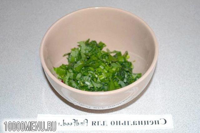 Фото - Овочевий салат з помідорами і фетою - фото 3 кроки