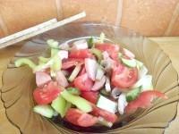 Як приготувати овочевий салат з печерицями - рецепт