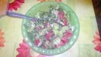 Як приготувати овочевий салат із зеленню - рецепт