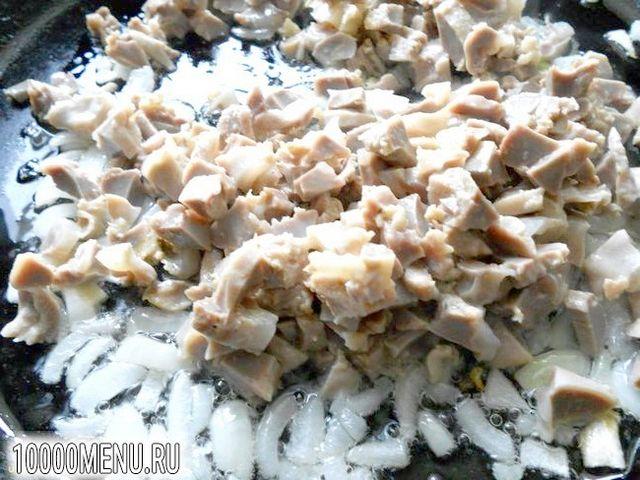 Фото - Паста з соусом із курячих шлуночків - фото 2 кроки