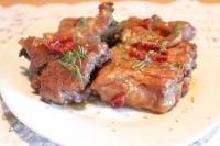 Як приготувати пікантні свинячі реберця - рецепт