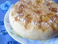 Як приготувати пиріг з консервованим ананасом - рецепт