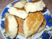 Як приготувати пиріжки на розсільні тесті - рецепт