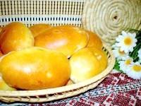 Як приготувати пиріжки з цибулею і яйцем і з начинкою з печінки - рецепт
