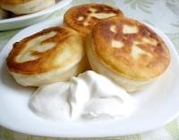 Як приготувати пиріжки з сиром і яйцем - рецепт