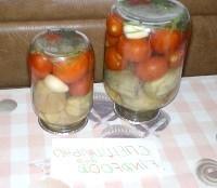 Як приготувати помідори з баклажанами консервовані - рецепт