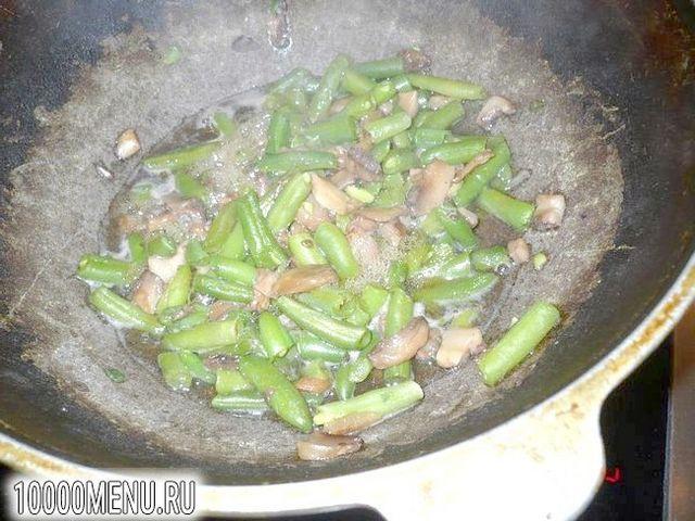 Фото - Пісні макарони зі стручкової квасолею та грибами - фото 2 кроки