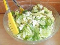 Як приготувати святковий салат з сиром фета та оливками - рецепт