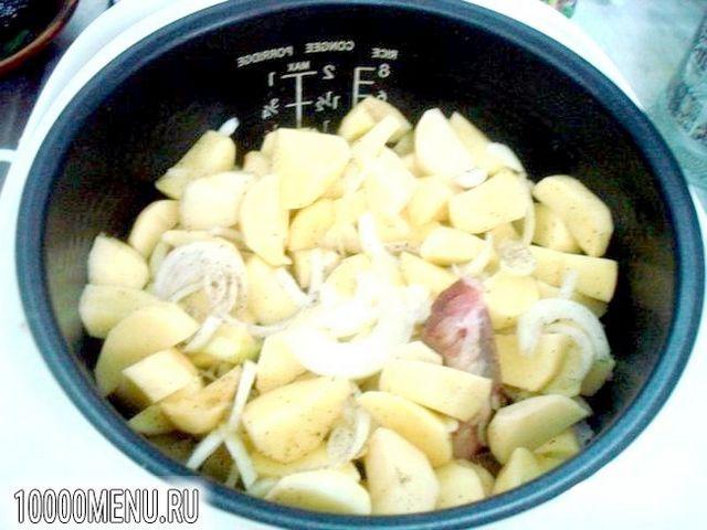 Фото - Реберця з картоплею в мультиварці - фото 3 кроки