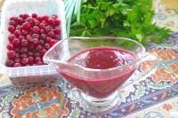Як приготувати соус з журавлини до м'ясних страв - рецепт