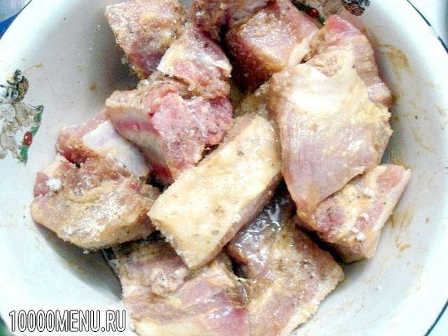 Фото - Свинячі реберця запечені з картоплею - фото 9 кроку