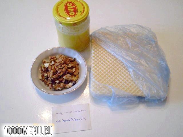 Фото - Вафлі з медом і волоськими горіхами - фото 1 кроку