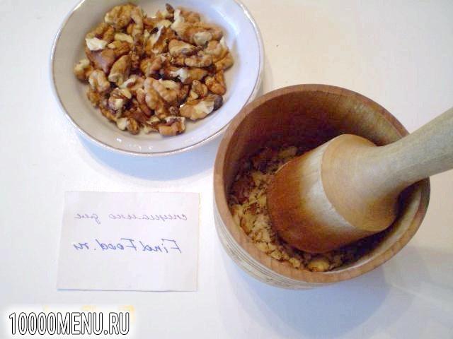Фото - Вафлі з медом і волоськими горіхами - фото 2 кроки