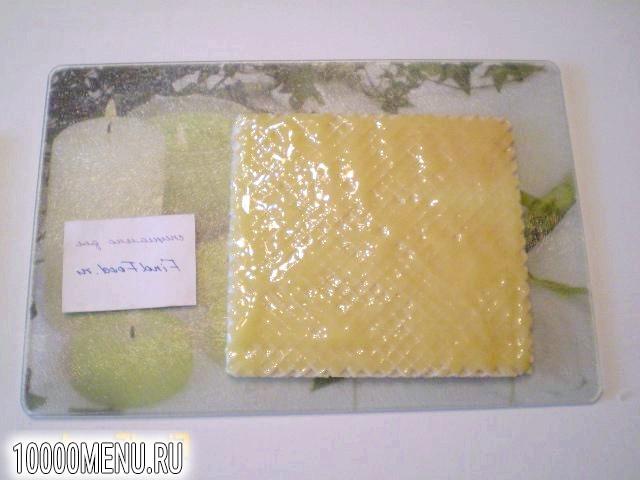 Фото - Вафлі з медом і волоськими горіхами - фото 3 кроки