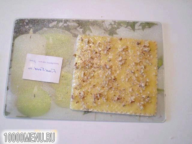 Фото - Вафлі з медом і волоськими горіхами - фото 4 кроки