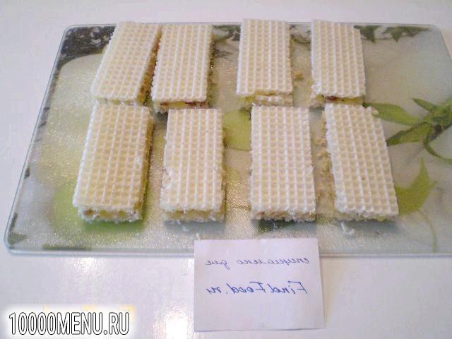Фото - Вафлі з медом і волоськими горіхами - фото 6 кроку
