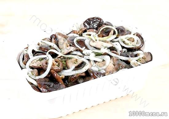 Фото - Грузді солоні з овочами