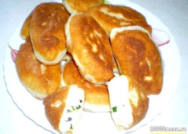 Фото - Пиріжки цибулю з яйцем