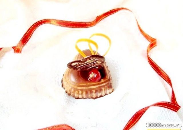 Фото - Ось така от солодке і красиве тістечко сердечко для закоханих на день Святого Валентина!