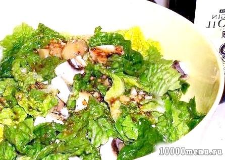 Кулінарний рецепт салат зі свіжими шампіньйонами з фото