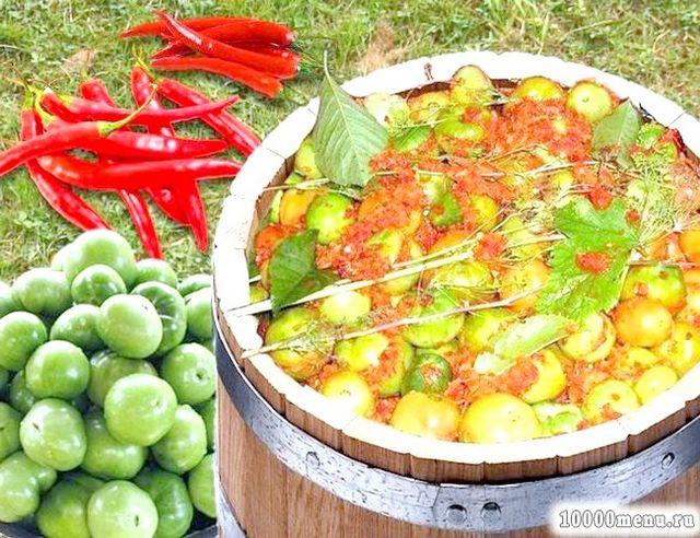 Фото - Зелені помідори в бочці