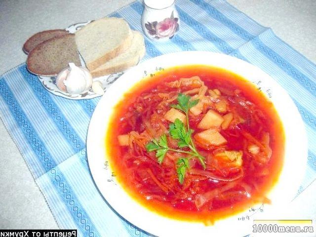 Фото - Червоний борщ з куркою і білокачанної капустою